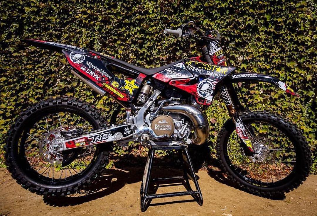 Hello #TwoStrokeTuesday