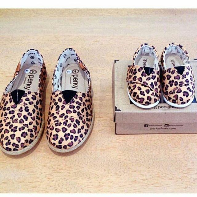 Ya sabes como mimar a mamá?  #mamaperky #perkyshoesar #veranoperky #alpargatas #mum #mother #madrehija #talmadretalhija #shoes #slippers