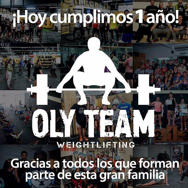 ¡Felicitaciones a todo el equipo del @olyteam por su primer año de historia y muchas gracias por dejarnos formar parte de ella! . . #OliverSocks #Medias #Partners #Crossfit #OlyTeam #Strongteam #Weightlifting #CreaTuPropiaHistoria