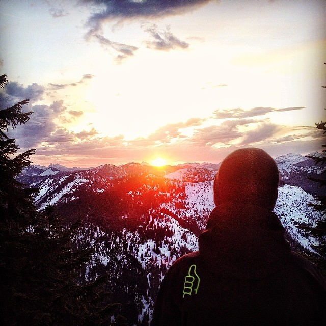 This is a great time of the year for so many activities. Team rider @eanwood soaking in the sunset on a late spring splitboard adventure.  #trewlove #trewgear #livewithpassion #getoutthere