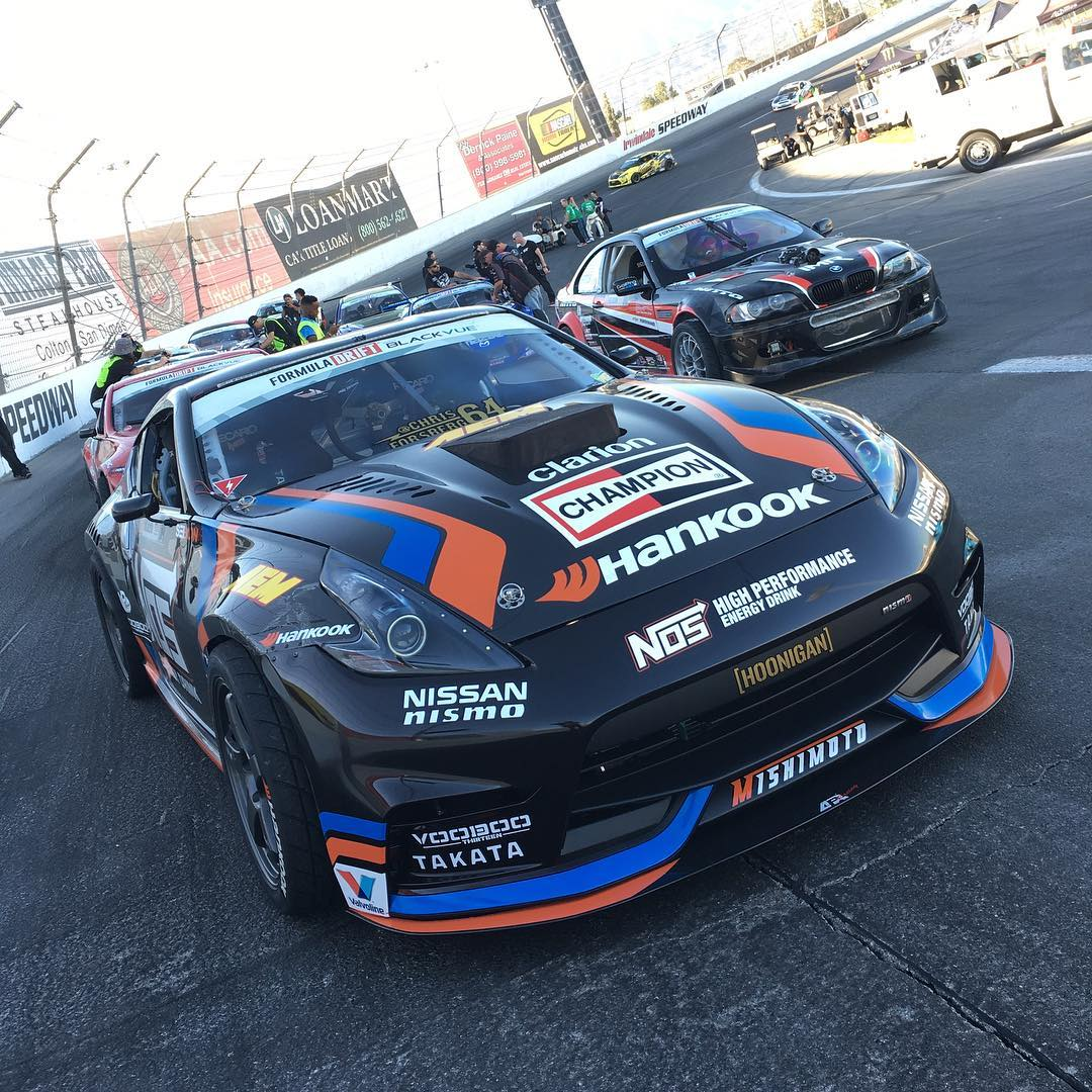 Trackside at practice with @chrisforsberg64! Who's coming out to #FDIRW?