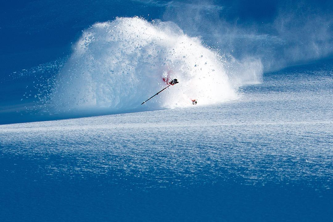 Charge through mixed snow en route to deep stashes. In powder, execute effortless, powerful planing turns on the way down. The Foundation Lotus 124, part of Independent Skier Magazine featured brands, has a sprinkle of Wailer 112 versatility to ensure...
