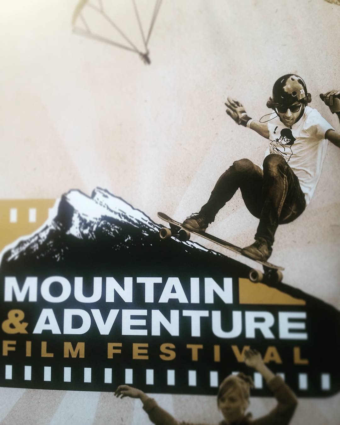 Our boy @ari_shark ripping and dipping on the poster for the Mountain Adventure Film Festival!  We're out here in Big Bear to support Ari for the premiere of The Gel Lab documentary, as well as tell him that he is a great DJ but should probably play...