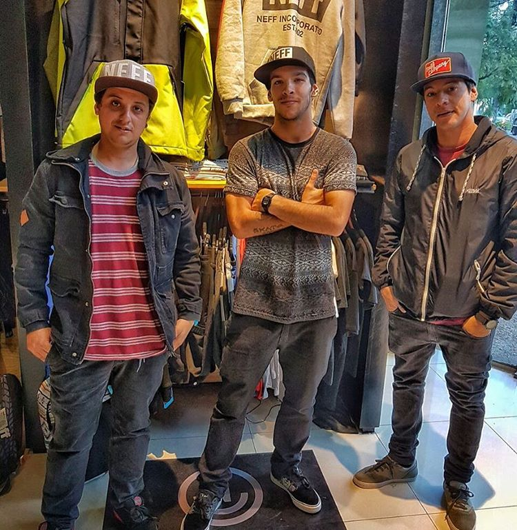 Día de incorporaciones en @neffargentina. El nuevo #NeffSK8Team con @sandromoral @jorgeladas & @lucasrojasmdp  Welcome!  #SkateArgentina #sk8 #sk8ordie #skateordie #skaters #skate #NeffCap #foreverfun