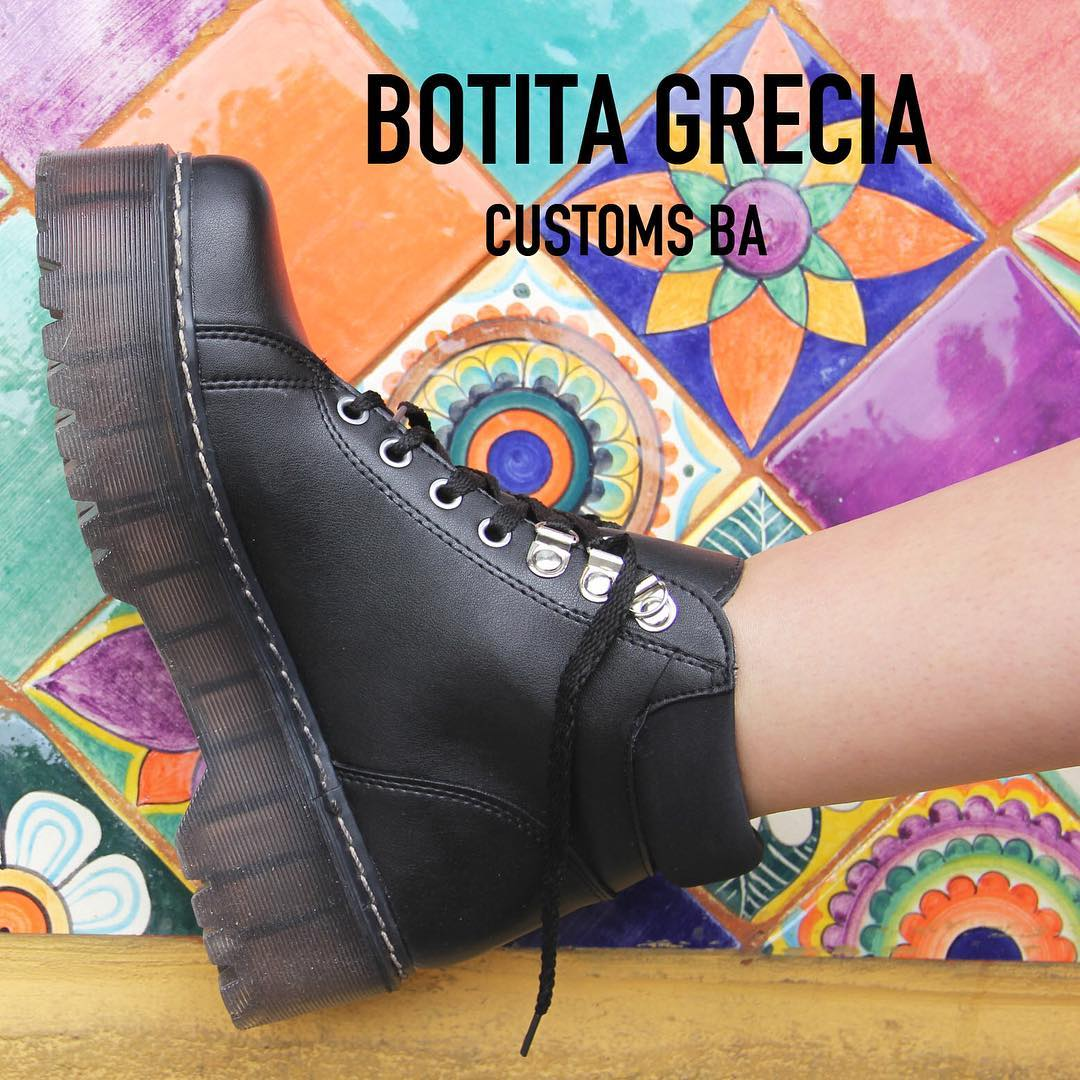 WEEKEND XL-> •Botita Grecia• #CustomsBA #details #spring ☀️✨
