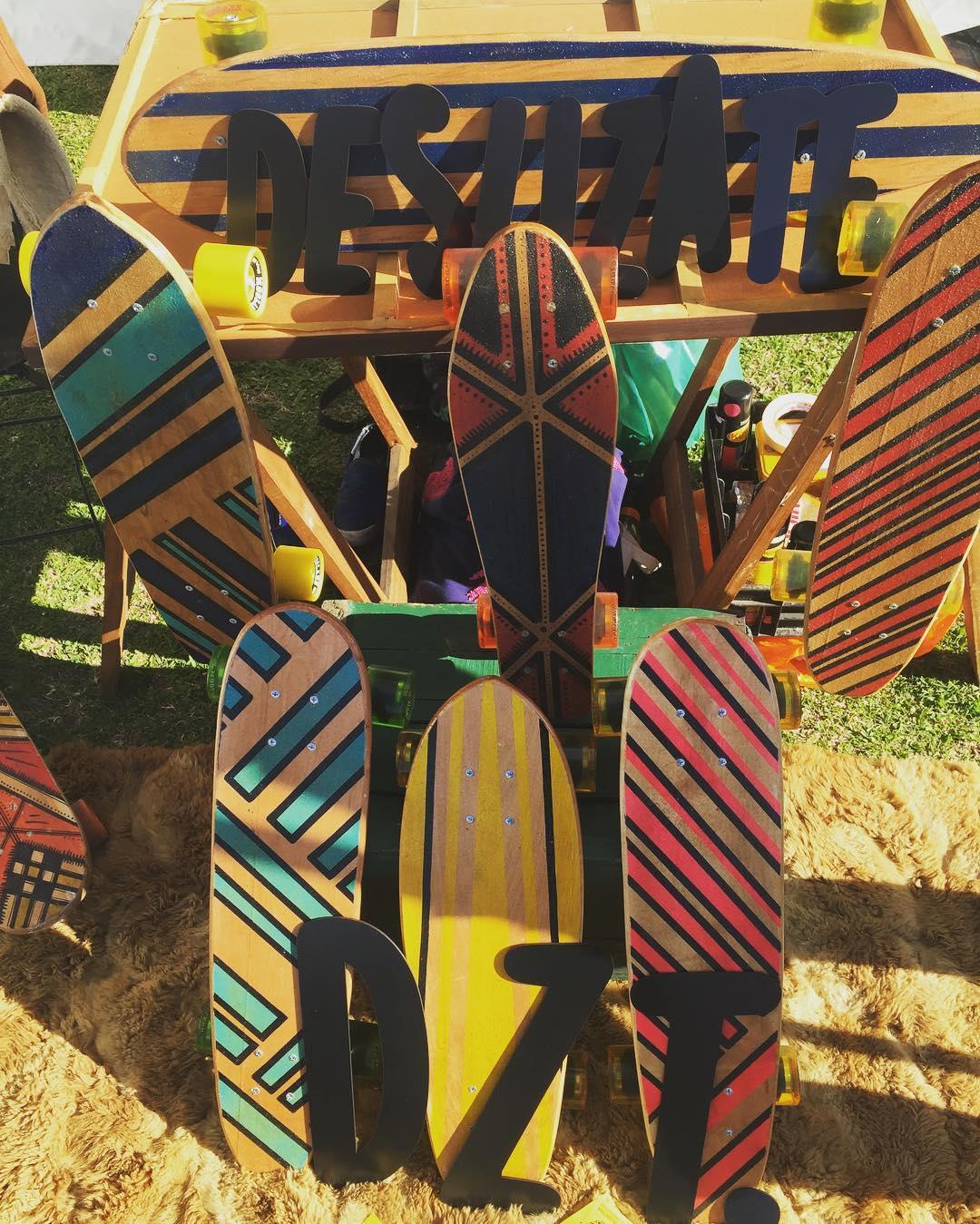 Rock & skate #nordelta #skate #rock . . . . . #skateboard #pennyboard #longboard #rock #skate #music #festival #handmade