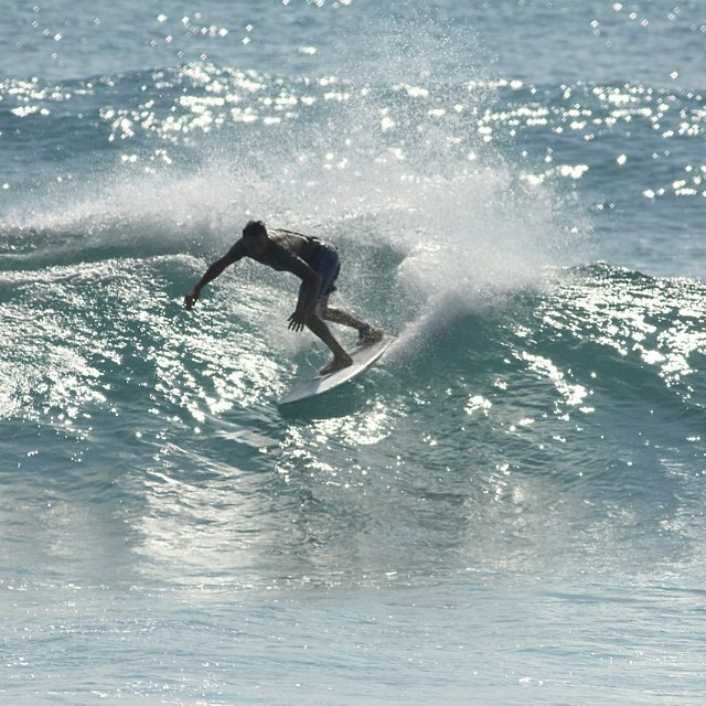 eli on his new peanutter in balangan, bali  #awesome #awesomesurfboards #teamawesome #bali#surfing #sled #custom