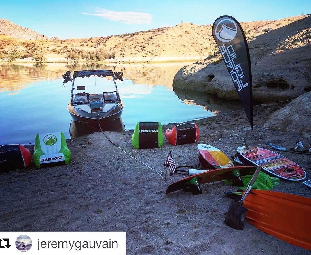 @jeremygauvain Thanks for the weekend work on the river #producttesting #LiquidForce #IPA #IPAallday #Guapo #Keen #youaintseennothinyet #FU #fununlimitted @axiswake #T22