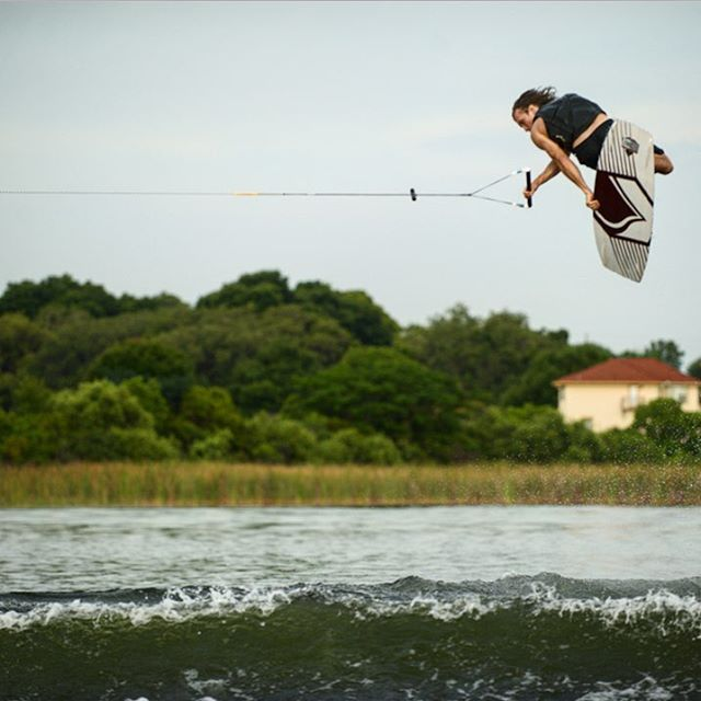 @raph_derome with a proper #MethodMonday for you're mid day enjoyment.  Check out all of Raph's new product at LiquidForce.com #RelentlessInnovation #LiquidForce