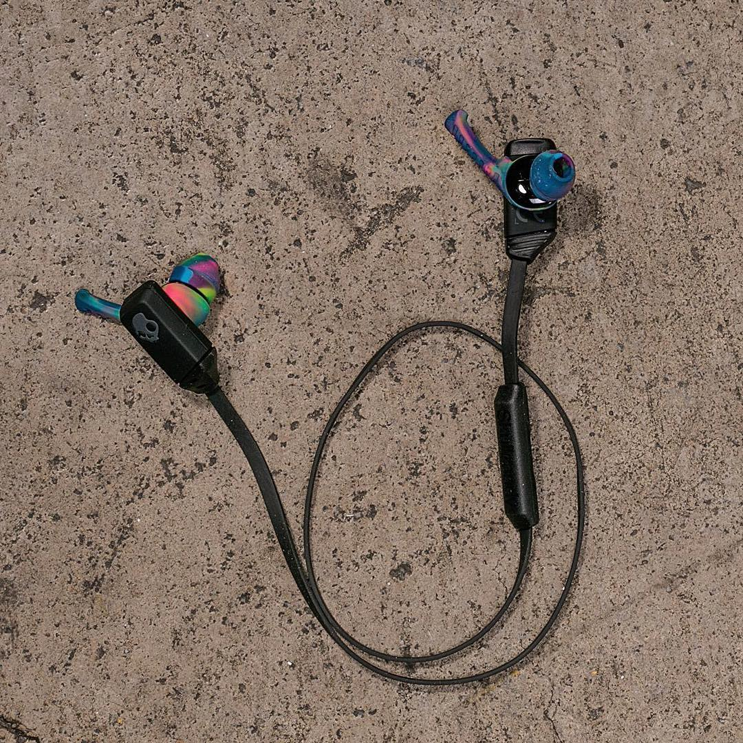 The future is here. Our lightest, most streamline, wireless Bluetooth earbuds. The XT-Free✨
