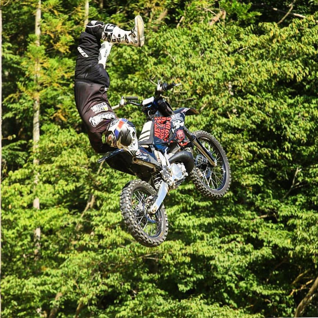 "@TomRob_FMX laying down his signature ""TwistTop"" in"