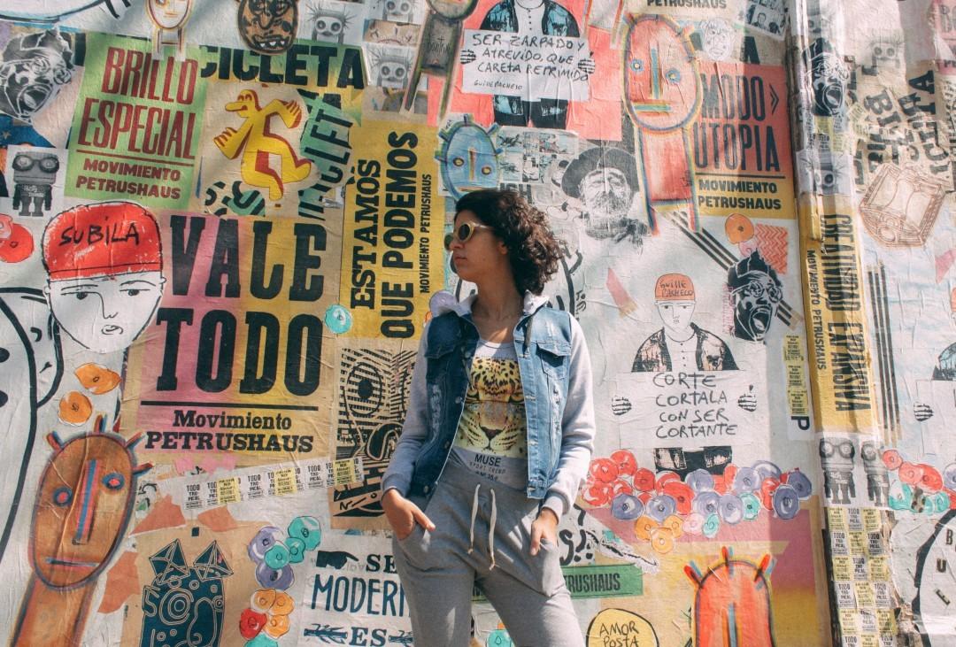 ☀️ HELLO SUNSHINE☀️ Campera maria / Remera tiger / Calza Morley Gris  Encontralas en nuestro shop online: www.chelseamarket.com.ar