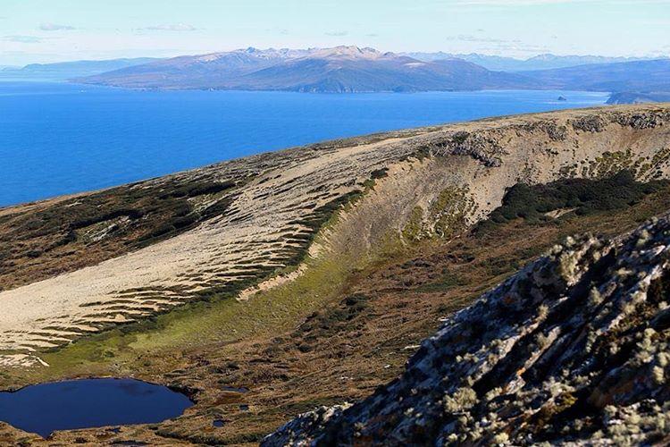Con tu firma podés ayudar a conservar uno de los lugares más vírgenes del continente.  Sumate para proteger #PeninsulaMitre en change.org/peninsulamitre. Lleva solo un minuto.