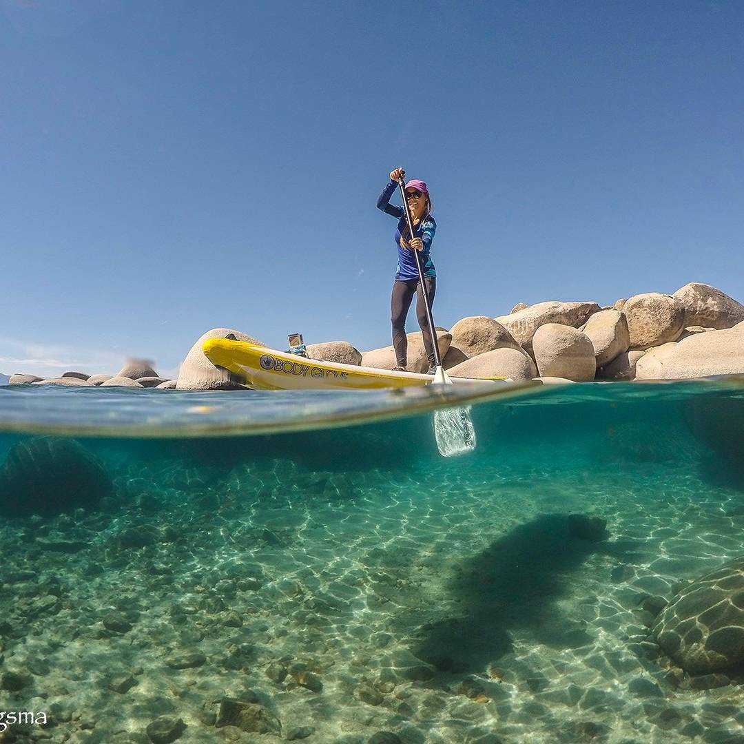 Performance can happen anywhere, including on #laketahoe.#bodygloveperformer11 #allthingswater#standuppaddle (pic by @micbergsma@lorimicbergsma )