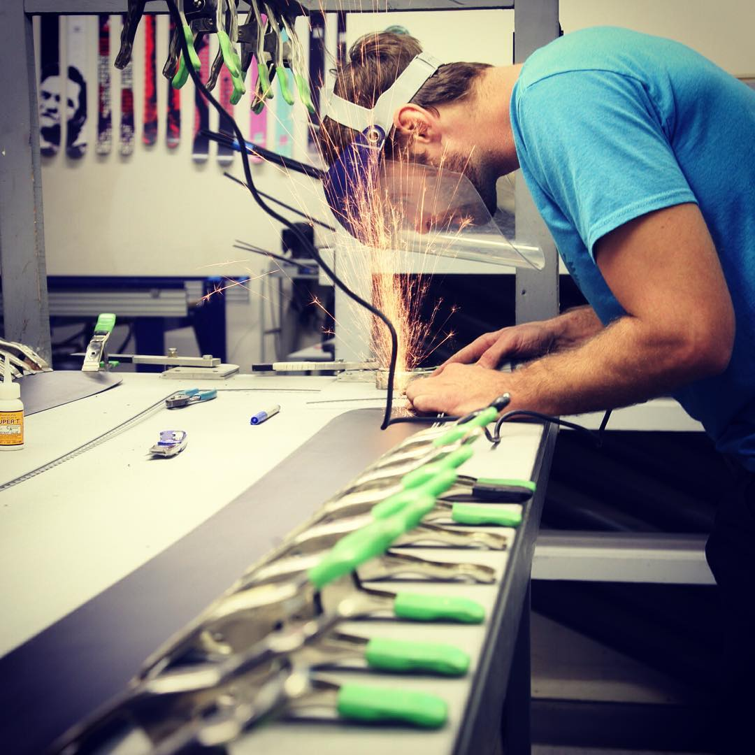 @mccabeski separating our skis from the rest. #folsomskis #humpday #sparkswillfly #fullwrap