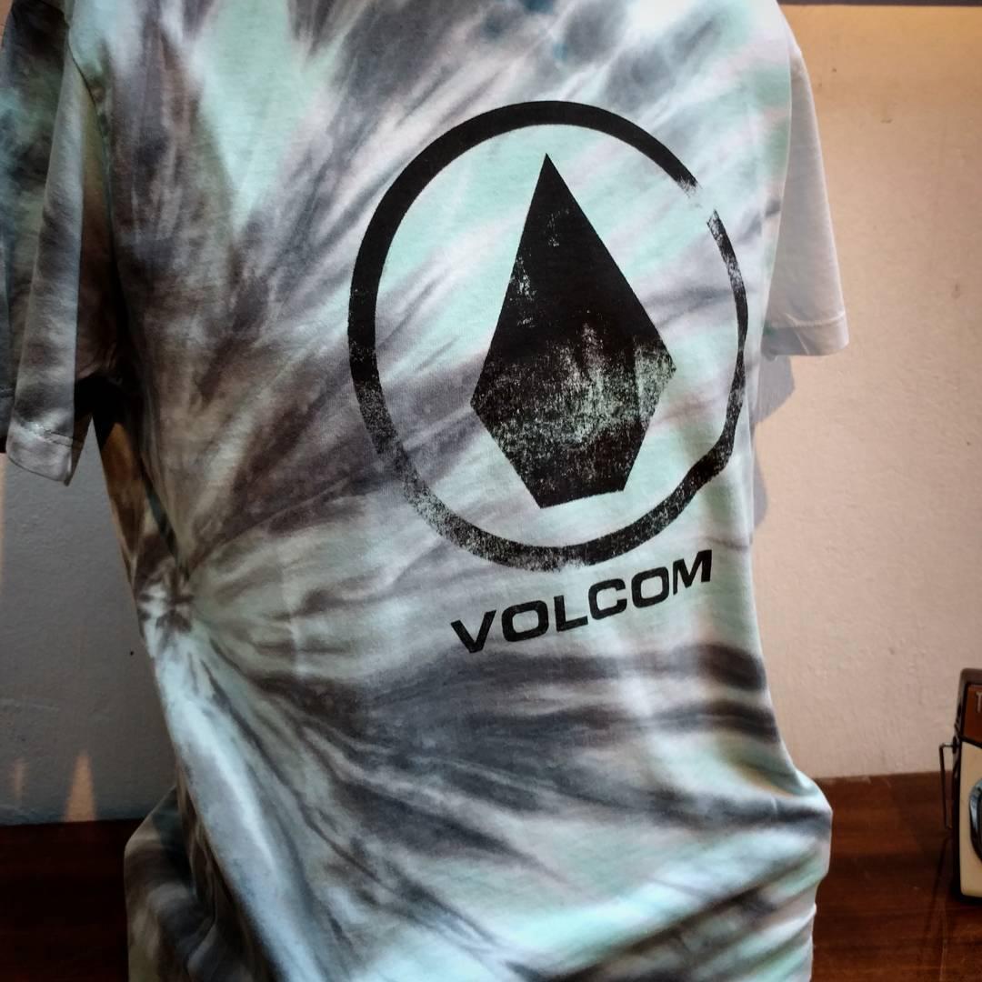 V de #Volcom veni a conocer la nueva colección a nuestros locales!!!! #SS17  #truetothis