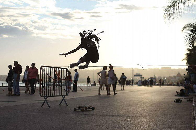 @lgcfrance rider @fenty_af showing us how a proper hippie jump is done. Got it!