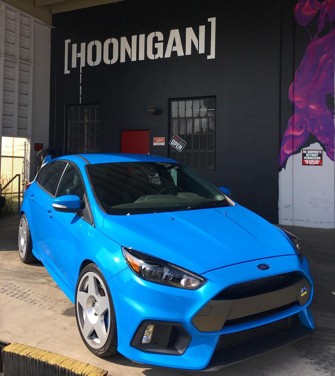 HNGN CLUB DAYS: You all been asking when the next one is, so mark your calendars - next Sat (Oct 22nd) we've rounded up a Ford Focus RS and Fiesta ST squad to invade the Donut Garage, thanks to our buddy's at @mountune and @fifteen52!...