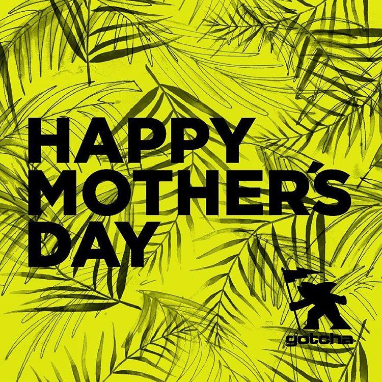 I ❤ MOM !  Se viene el dia de la Madre.  Busca nuestra coleccion Girls en los mejores #surfshops #skateshops y Tiendas del Pais.  #gotcha #iconsneverdie