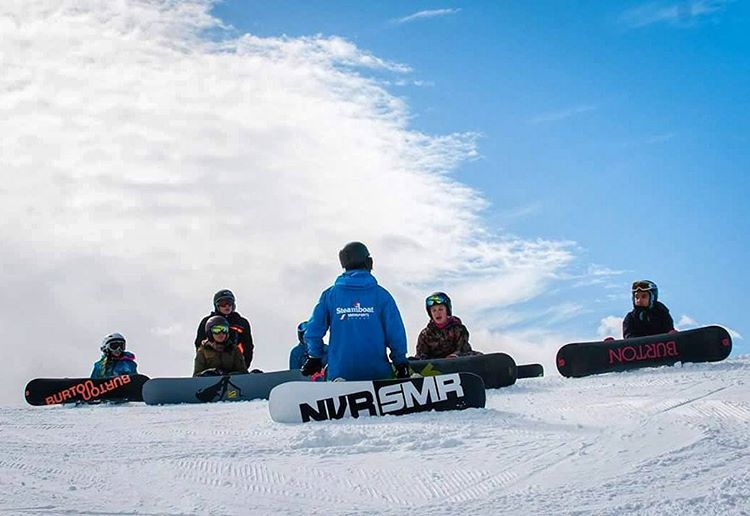 #Awesome instructors at @steamboatresort make even better shredders! SOS is fortunate enough to have such Amazing partners and photographers like @sydney.schav on-board with our vision