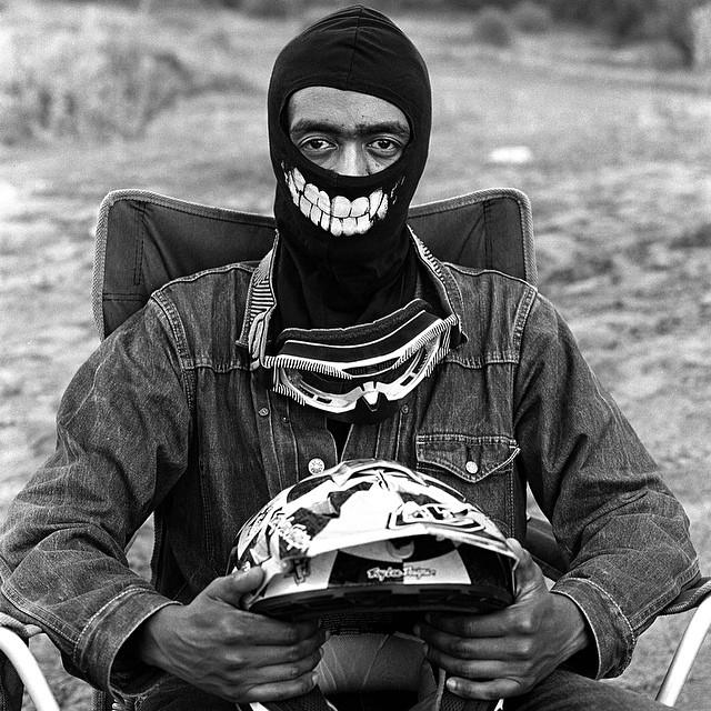 """#LivingOffTheWall presenta """"Ando"""", el segundo documental de """"The Us in USSR"""", realizado por Grace Ladoja. Ando es un joven negro que en Rusia tiene más barreras por superar que el resto de la gente. Como el motocross empieza a emerger en Moscú, tratará..."""