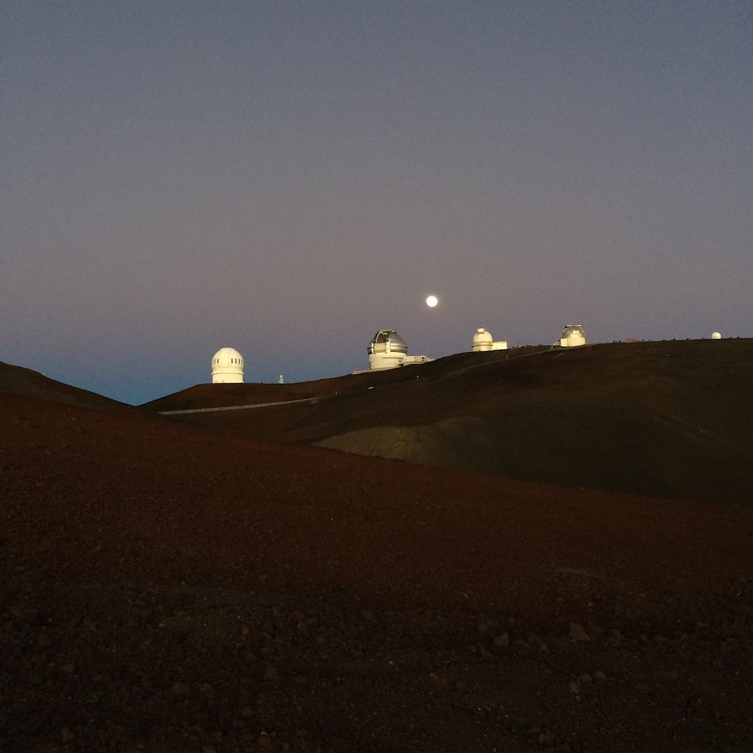 Full moon. A race against sunset. Made it and it was magic. #walkingonthemoon @14k feet #maunakea @christina.cogswell @scogswell