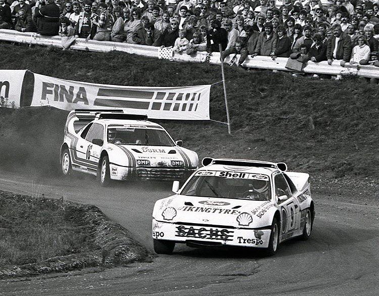 #Regram of this vintage rallycross throwback from @FIAWorldRX: 2X my favorite car of all time (Ford RS200) Mark Rennison chasing down rallycross legend Martin Schanche flat out at Estering, Germany where I'll be racing this weekend. Back when Group B...