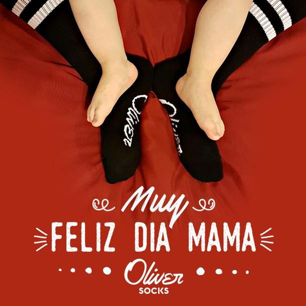 ¡Muchas gracias por cuidar de nuestra historia cada día! #FelizDíaMamá . . #OliverSocks #Oliver #Medias #CreaTuPropiaHistoria #Mamá #FelizDía #FelizDíaDeLaMadre