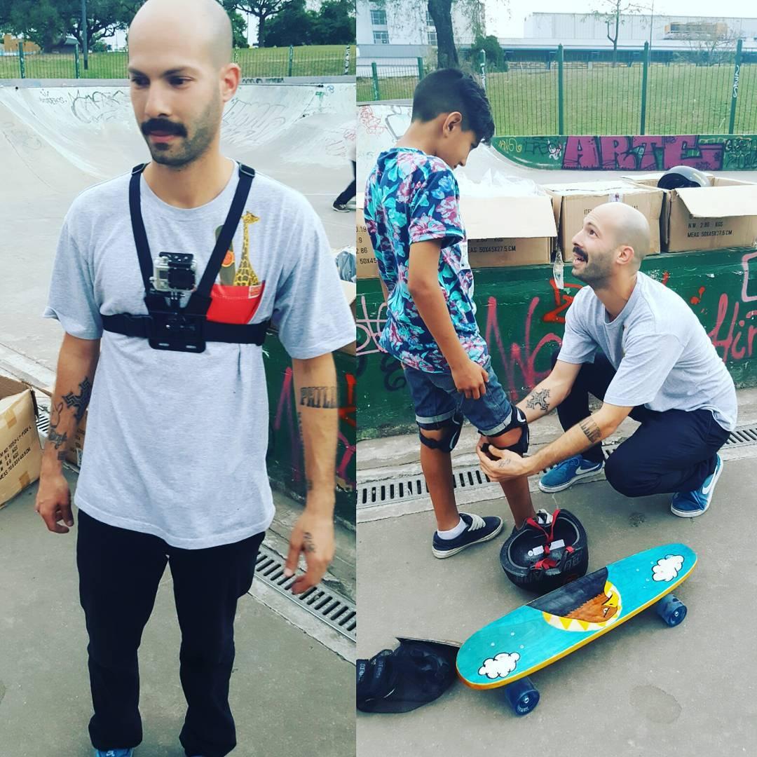 Gopro @jirafasanchez el otro día durante la clase a los chicos de #lospiletones y su equipo para registrar todo.  Aprovechamos y les deseamos un muy Feliz día a todas las madres ..! #slp #slpskateboards #escuelitaskate #mataderospark #skateboarding...