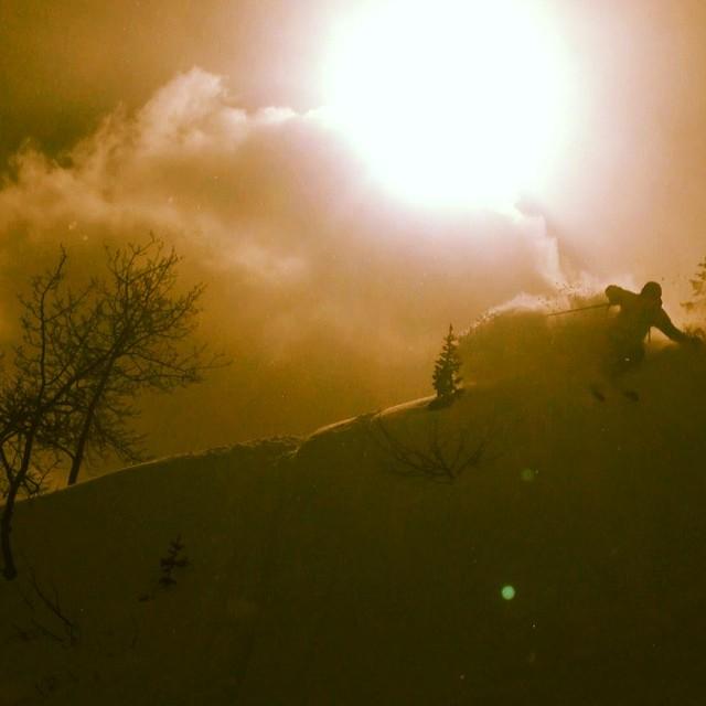 @varshman Gettin' deep @jacksonhole #powderfordays #jacksonhole #skiing
