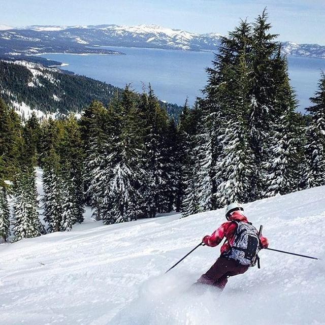 @nosnowsnakes enjoying some top notch turns via snowcat at @skihomewood last season!