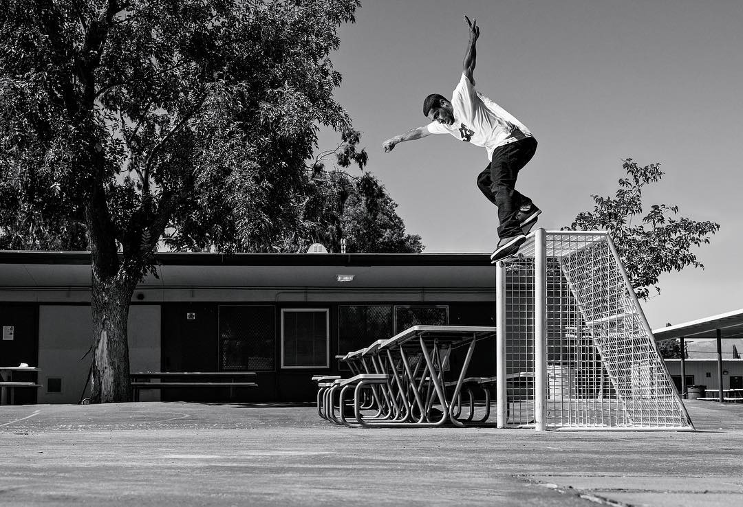 @tiagolemoskt, switch backside smith in his signature color of the all new Plaza TC shoe. Stay tuned for more Tiago all week including a new video part dropping this Friday on the @thrashermag site. dcshoes.com/Plaza. #DCShoes #DCPlazaTC