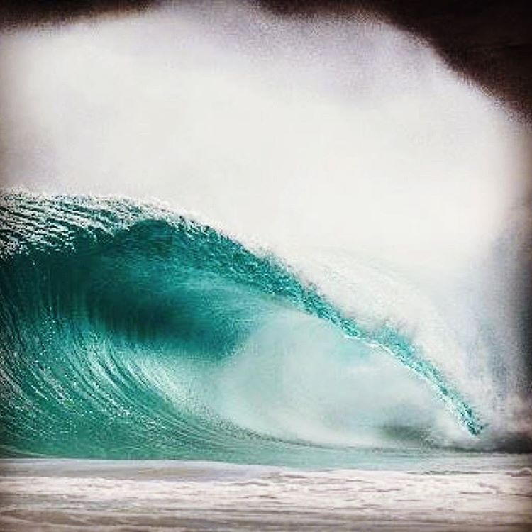 Unridden epicness. #waves #wavetribe #surfing