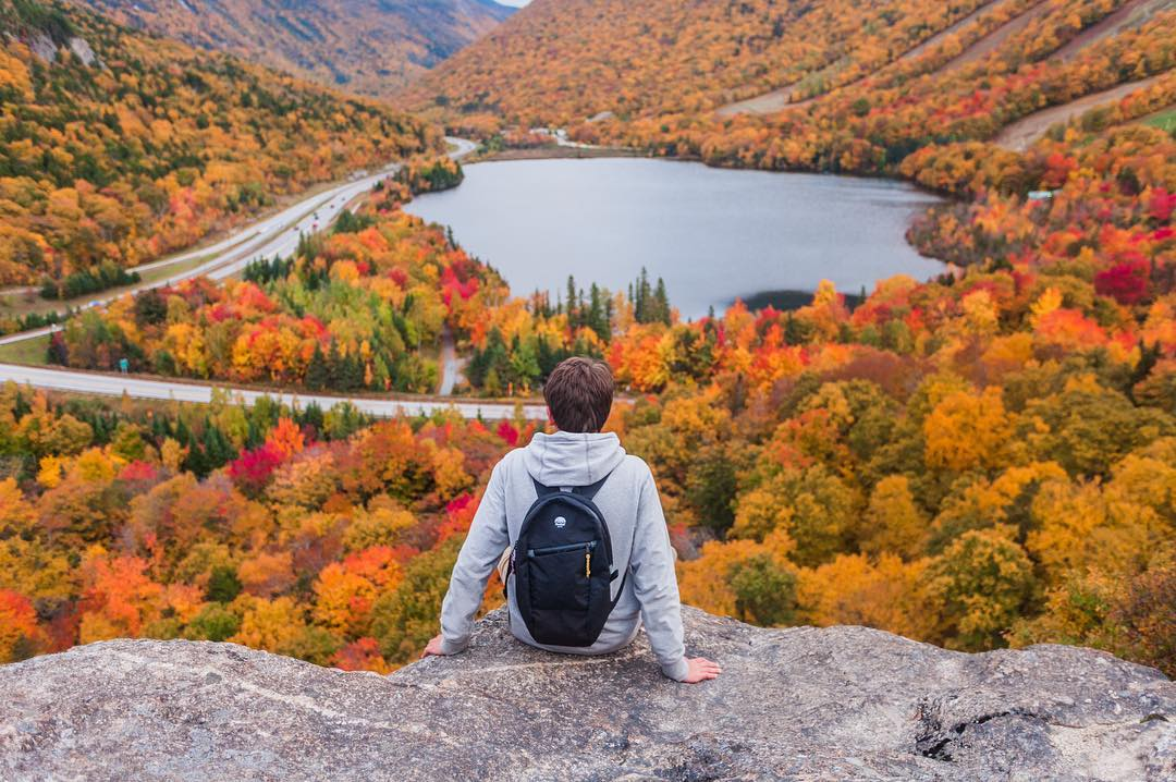 Lost in the moment for more than a moment with #Flowfold ambassador @james.lynch. Our Optimist 10L mini backpacks are available this week for 20% off using link in profile!
