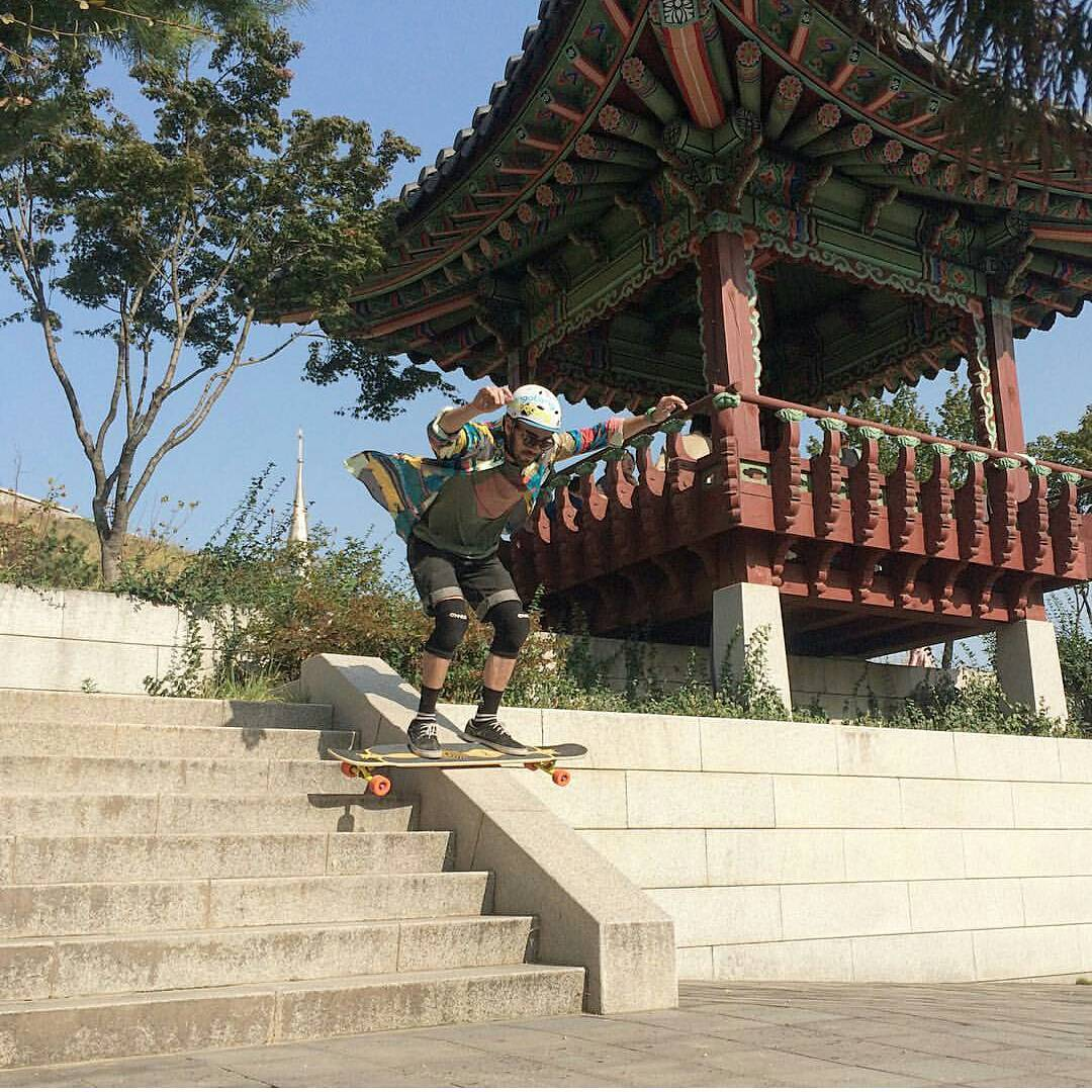 Bhangra Boardslide!  #LoadedAmbassador @danielsamsagaz is taking full advantage of South Korea's skatability and unique architecture.  #LoadedBoards #Bhangra #Orangatang