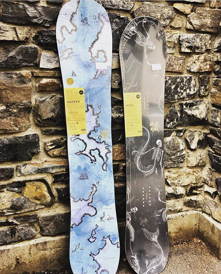 @rudegirlsshop and @rudeboysshop just got in all their #NicheSnowboards for this #winter! Head down and check them out if your in the area!  Here are the #NicheMinx and #NicheSonnet // #supportlocal #ecofriendly #FindYourNiche #ecofriendlyproducts...