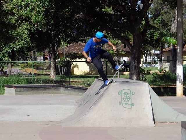 QIX Playlist com muito rap e hip-hop. A sugestão desta semana é do skatista Tiago @picomano. Confira e se inspire para a sessão. QIX.COM.BR #qix #qixskate #skate #skateboardminhavida