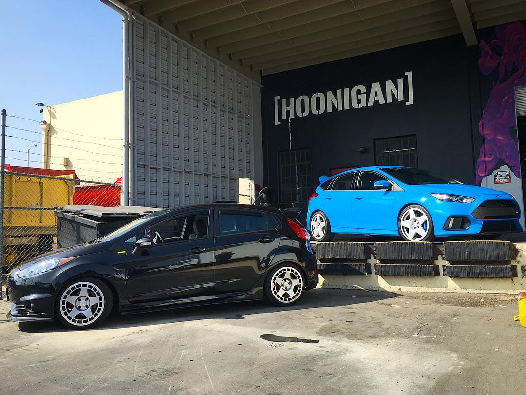 HNGN CLUB DAYS: we rounded up a Ford Focus RS and Fiesta ST squad to invade the Donut Garage, thanks to our buddy's at @mountune_usa and @fifteen52! Who is coming out? ______ THIS SATURDAY (10/22) 12pm-5pm 621 Golden Ave  Long Beach, CA...