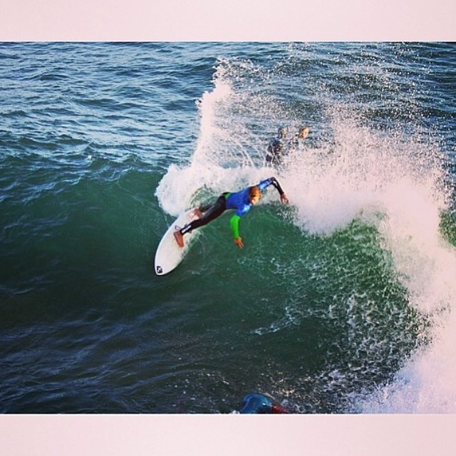 ~ @carloscarp holding it down at the Lane~ #HotlineWetsuits #SantaCruz #SteamerLane #TeamRider #Local
