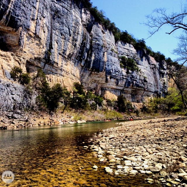 There's some handsome rock on the Buffalo National River. #canoe #kayak #float #ozarks #kyles #GNARCISSISTIC  Place: Buffalo National River, Ozarks, Arkansas