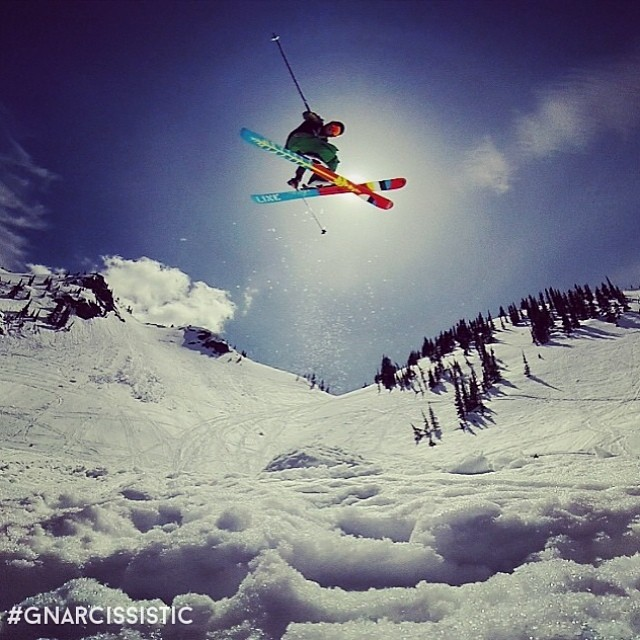 May Air on the legendary Sir Francis Bacon. Straight #GNARCISSISTIC  PC: @gruendz Place: Groundhog Lake, BC  #lineskis #sirfrancisbacons #sfb #bc
