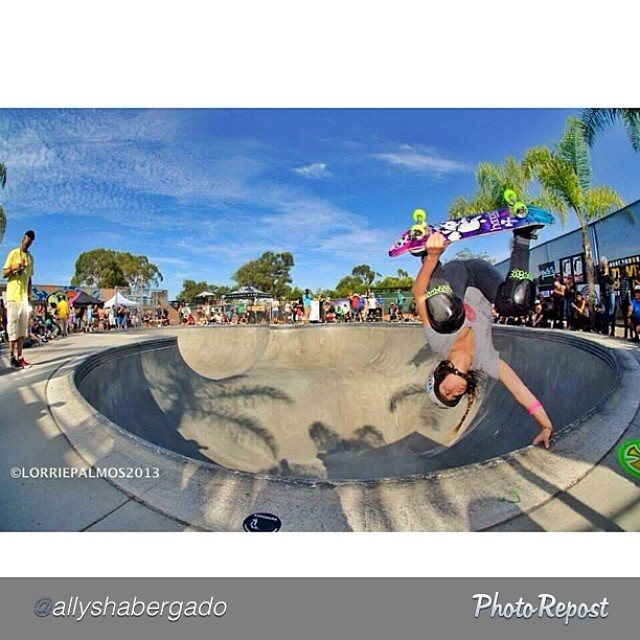 "Another fingers in the water pic of Allysha Bergado. by @allyshabergado ""Invert ⋆ Exposure 2013 ⋆ PC: Lorrie Palmos"" #skate #skateboarding #skatelife #skateboard #skatergirl #skatebowl #skatebowls #skatepark"