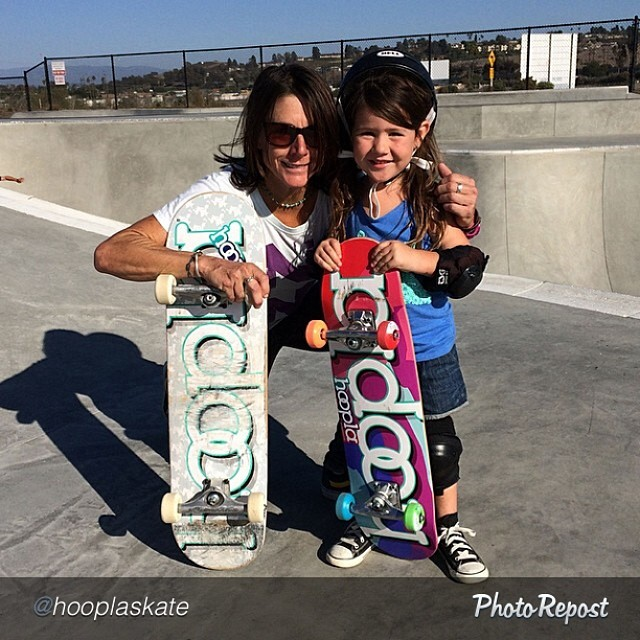 "by @hooplaskate ""#hooplaskate co-creator @cbburnside enjoying a sesh at #princepark w/ her niece Paisley!"" #skate #skateboarding #skatelife #skateboard #skatergirl"