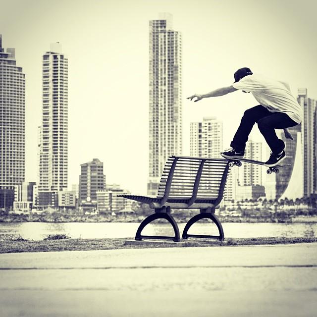 Take a seat. #SweatAndDestroy #skate #panama @kevtsh