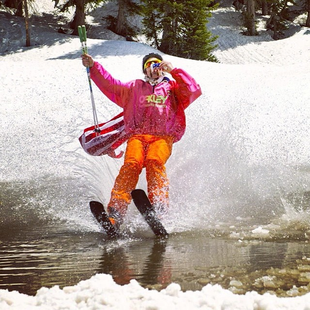 Throwback to the closing day pond skim at @snowbird last year. Hope everybody is ready to party for Snowbird and America this weekend! #kittenfactory #turnup #shotgun #merica #USAUSAUSA #onepiecefirdays #surfbort #thisbudsforyou #wassssuuupppp