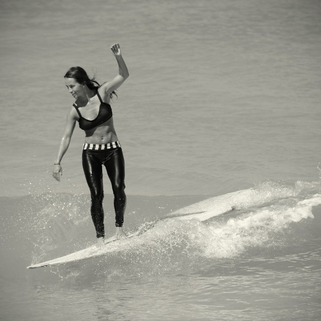 Akela Surf Norma top Hikai legging