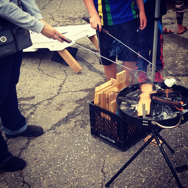 We had a great time making s'mores with everyone at Passapalooza on Friday!
