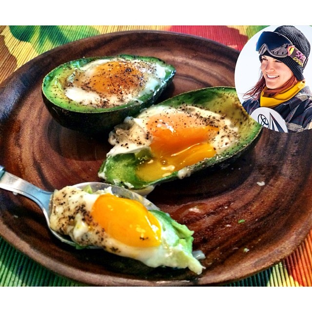 TASTY TUESDAYS // Elena Hight's Baked Egg in Avo! #TeamB4BC rider @elenahight shares another STELLAR recipe packed with nutrient-rich, cancer-preventing ingredients that you probably already have in your kitchen! Check out her recipe and blog about why...