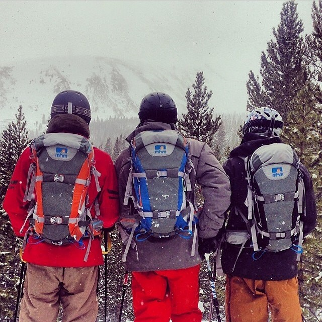 Regram from @abenaquista with a horde of PowderKegs at @breckenridgemtn.  horde:  1 a: a political subdivision of central Asian nomads  b: a people or tribe of nomadic life  2: a teeming crowd or throng  #horde #mhmgear #breck
