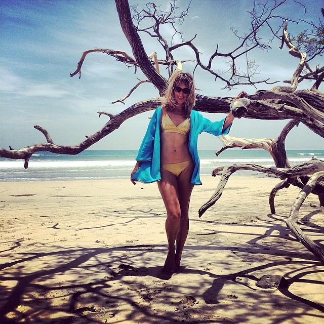 Katia glowing in Mi Ola gold #costarica #avellanas #puravida #miola #miolainthewild